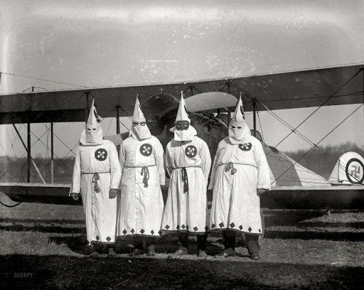 KKK1922